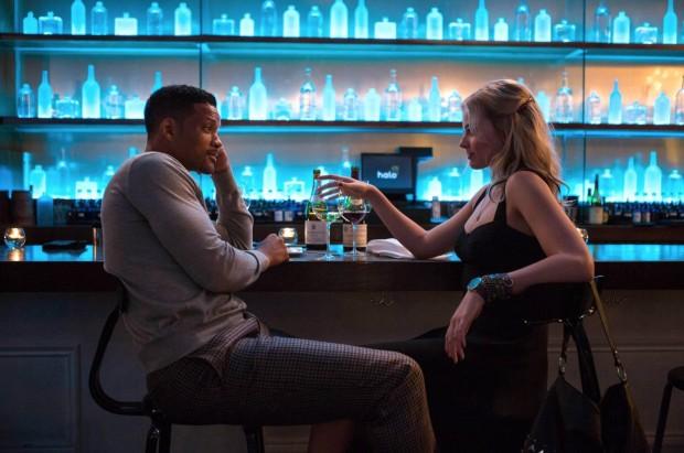 """""""Golpe Duplo"""", filme de Will Smith (em cena com a atriz australiana Margot Robbie) estreou em primeiro lugar, mas com resultados aquém do esperado. (Crédito: Divulgação)"""