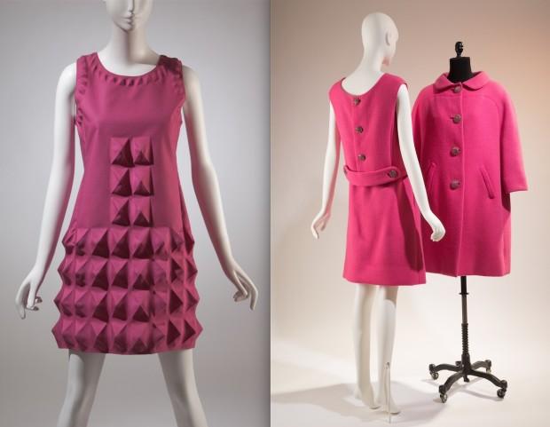Bacall em dois tons de rosa: vestidos de Pierre Cardin e conjunto de lå de Norman Norell. (Crédito: divulgação)