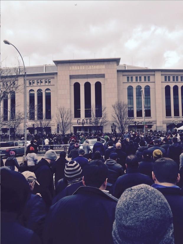 Multidão vai assistir a estréia do NYCFC no Yankee Stadium. (Crédito: Marcelo Bernardes)