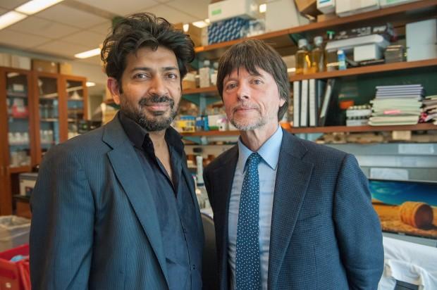 O médico e pesquisador Siddhartha Mukherjee e o documentarista Ken Burns