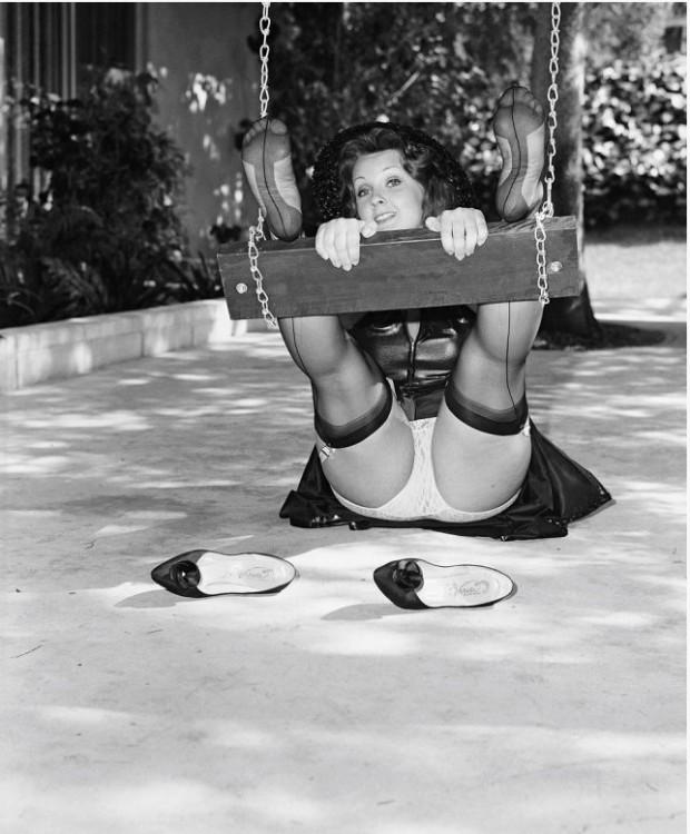 Caruncha, a modelo preferida de Elmer Batters, fotografada por ele em 1971. (Foto: Cortesia Taschen)