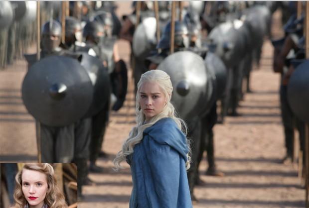 """Emilia Clarke, em cena de """"Game of Thrones"""", comanda seu exército. Na foto menor, a atriz inglesa Tamzin Merchant, que chegou a interpretar Daenerys Targaryen no primeiro episódio, antes de ser despedida. (Foto maior: Divulgação HBOMAX; foto menor: Reprodução)"""
