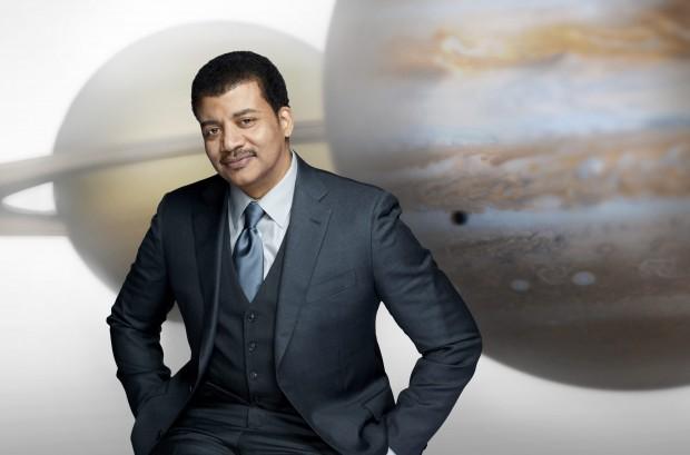 "Neil deGrasse Tyson em material promocional para ""Cosmos"" (crédito: Patrick Eccelsine/FOX)"