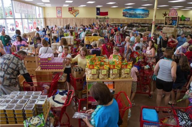 Um dia normal no Trader Joe's (crédito: divulgação)