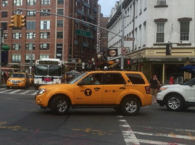 Táxis de Nova York poderão ter botão de pânico para segurança do passageiro. (Foto: Marcelo Bernardes)