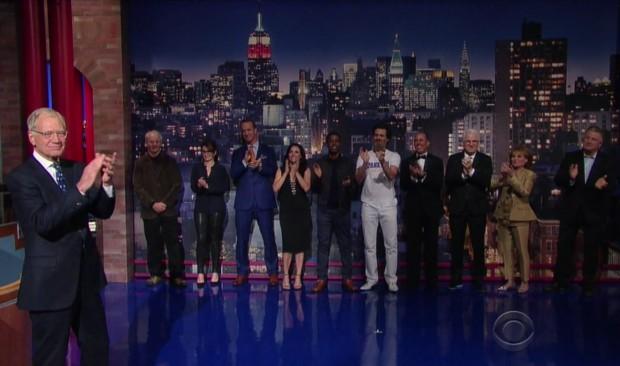 Letterman e os dez convidados da Top 10 List. Entre eles: Alec Baldwin, Steven Martin, Bill Murray, Jim Carrey e o jogador Peyton Manning,