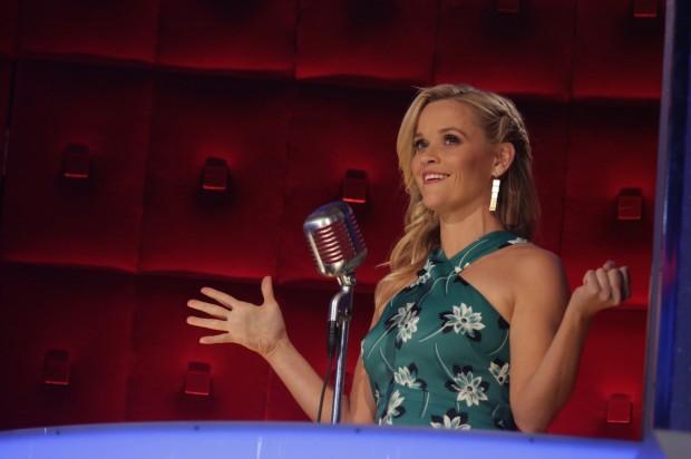 Reese Whiterspoon foi a primeira locutora-convidada do programa. (Foto: Greg Endries/NBC)