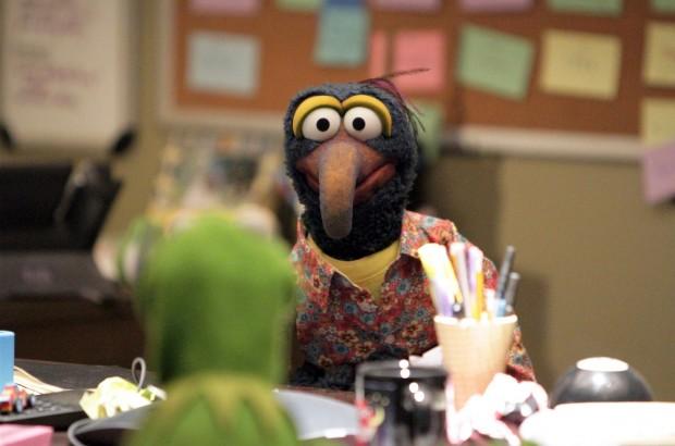 Gonzo em reunião de pauta com Caco. (Foto: Divulgação)