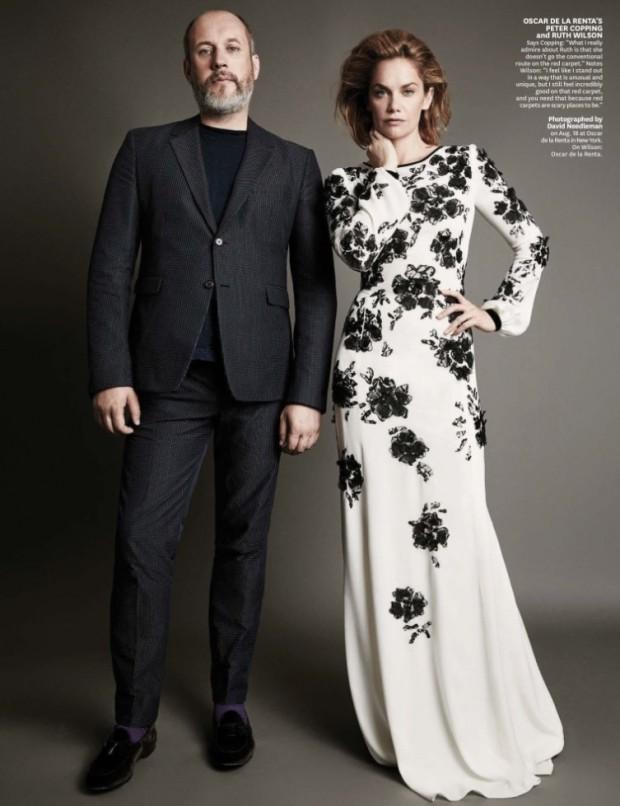 """A atriz Ruth Wilson, do seriado """"The Afair"""" e também atual namorada de Jake Gyllenhaal, posa com o novo diretor criativo da Oscar de la Renta, Peter Copping. (Foto: Reprodução)"""