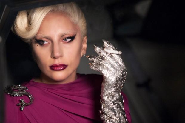 """Lady Gaga em cena da quinta temporada de """"America Horror Story"""", (Foto"""" Suzanne Tenner / FX)"""