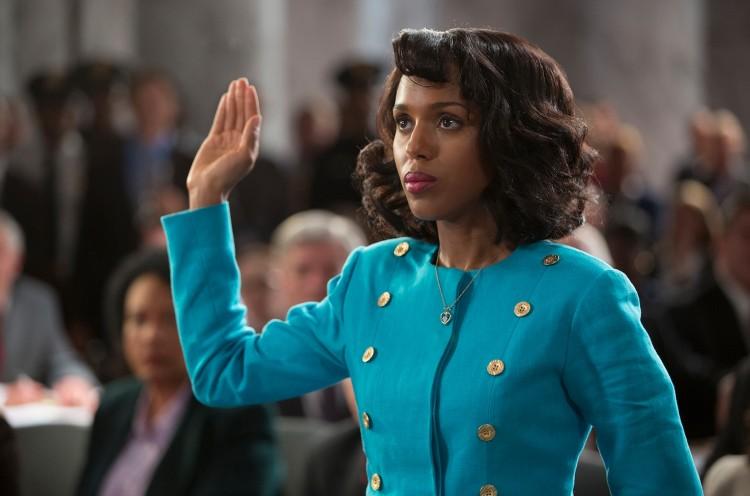 """No papel da ex-estagiária de direito Anita Hill no filme """"Confirmação"""", que a HBO Brasil exibe dia 16. (Foto: Divulgação)"""