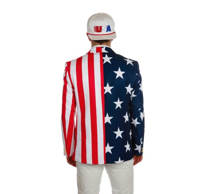 Blazer patriótico é um dos itens mais vendidos do site Shinesty. (Foto: Reprodução)