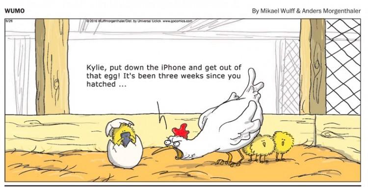 """""""Kylie, larga o iPhone e saia deste ovo! Já tem três semanas desde que você foi chocado"""". Da tira """"Wumo"""", de Mikael Wulffe e Anders  Morgenthaler. (Foto"""" Reprodução)"""