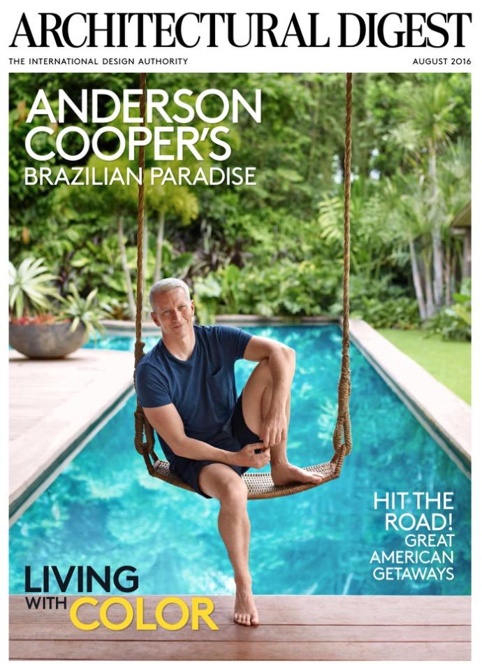 Anderson Cooper na capa da AD de agosto, fotografada por Simon Upton. (Foto: Reprodução)