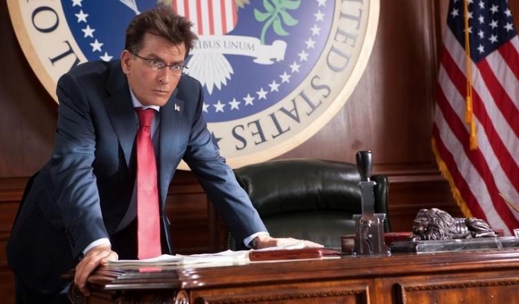 """Charlie Sheen, presidente em """"Machete Mata"""", é o presidente de maior rejeição do cinema. (Foto: Divulgação)"""