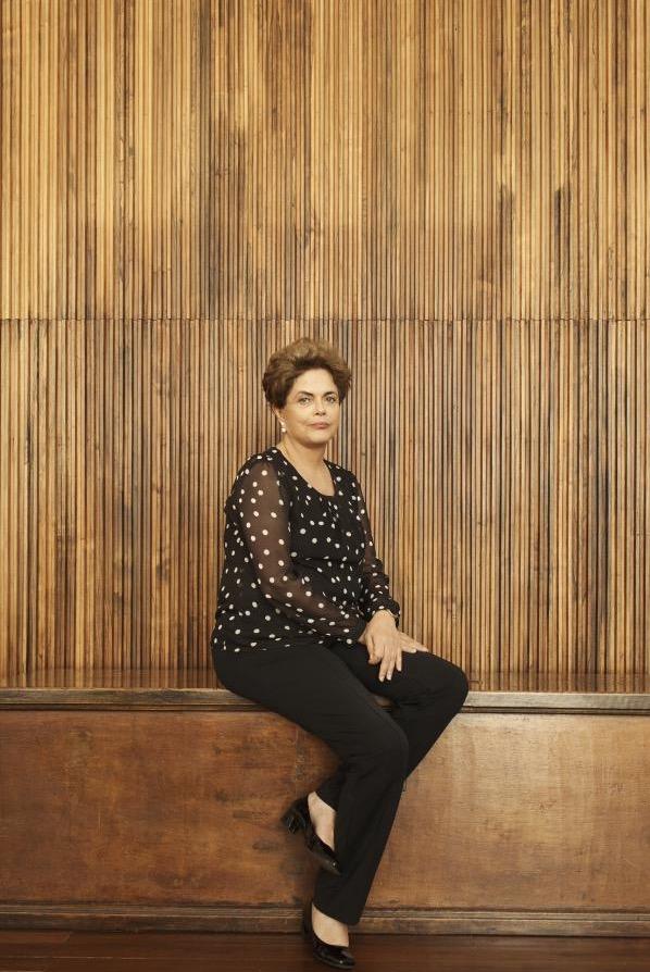 Dilma Rousseff respondeu nove perguntas e posou para a revista Time. (Foto: Luisa Dorr/VII Mentor Program/Time)
