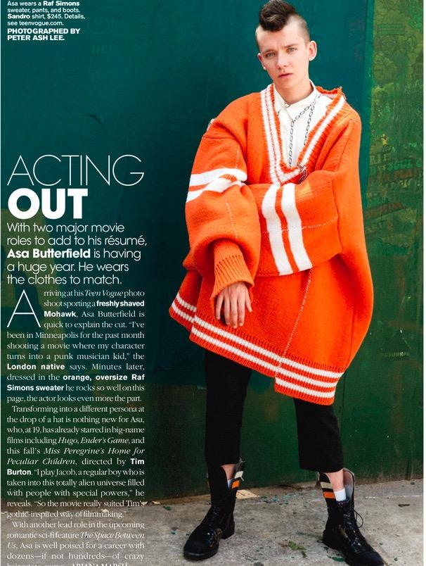 Asa Butterfield, 19, posa com corte de cabelo mocaino para promover novo filme com Tim Burton. (Foto: Reprodução)