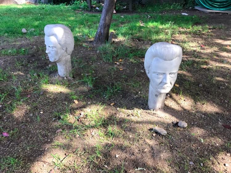 Bustos do ator Christopher Walken criados por Bryan Zanisnik. (Foto: Marcelo Bernardes)