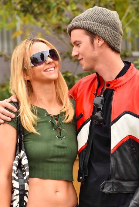 No telefilme, Britney é interpretada por Nastasha Bassett e Justin Timberlake por Nathan Keyes (Foto: Divulgação)