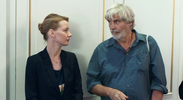 O filme alemão, que perdeu a Palma de Ouro, agora sai vingado, ganhando a maioria dos prêmios do ano. (Foto: Reprodução)